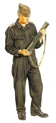 Sargento de la  RDA (Rep. Democrática de Alemania), con uniforme de faena.