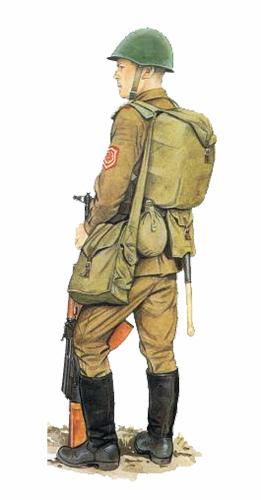 Soldado Soviético, con equipo completo.