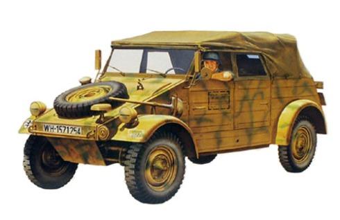 Pkw k1 Kübelwagen Type 82, de la Wehrmacht.