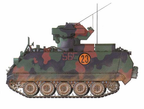 M113A2 TUA del ejército del Canadá, este vehículo esta pintado con el camuflaje standard de la OTAN, 22º Regimiento, 4ª Brigada mecanizada.