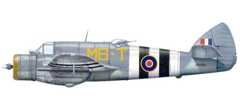 Este Bristol Beaufighter Mk.X del 236º Escuadrón de la RAF, lleva las rayas identificativas del dia-D, 1944.