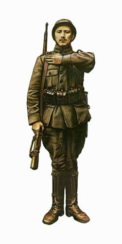 Este soldado ciclista lleva el nuevo uniforme kaki modelo 1915 y un rifle Mauser Belga M1889 de 7,65, Bourbourg, 1916.