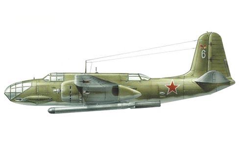 Douglas A-20 C Havoc, de la Fuerza Aérea Rusa, va armado con torpedo.