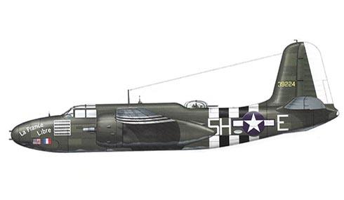 Douglas A-20 G Havoc, 66º Escuadrón, 416º Grupo de Bombarderos, lleva las marcas negras y blancas del Día D, Francia, 1944.