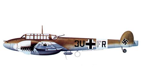 Messerschmitt Bf 110 E del Oblt. Alfred Wehmeyer, StKap de la 7ª ZG 26, Derna, Mayo de 1942.